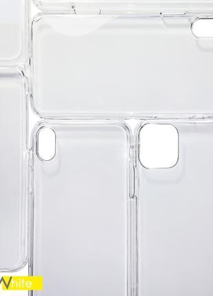 Пластиковый универсальный чехол. Прозрачный.