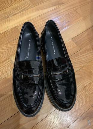 Туфли лоферы Tommy Hilfiger 41