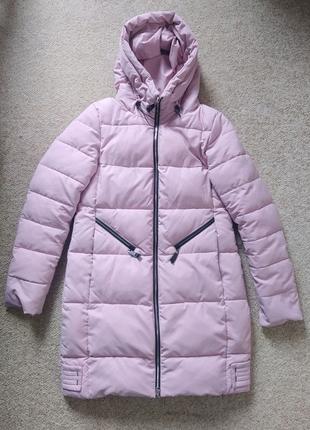 Светло-розовая зимняя куртка