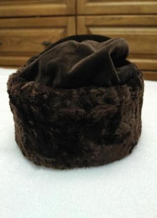 Меховая шапка кубанка из искусственного меха
