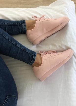 Кроссовки reebok розовые женские