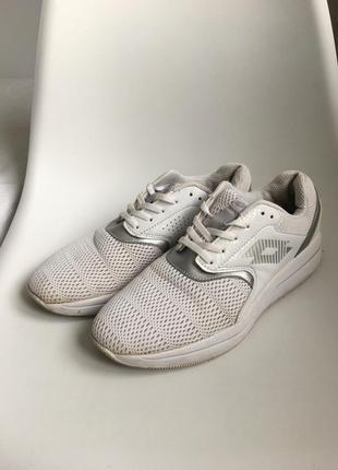 Белые кроссовки lotto 41 размер