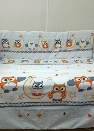 Детское постельное белье в кроватку новорожденного.