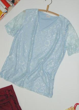 Голубая футболка с кружевом damart