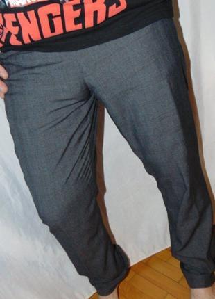 Стильние брендовие парадно виходние брюки штани Next Некст .л .34