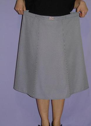 Красивая юбка в гусиную лапку