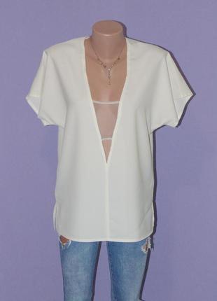 Очень стильная блуза с интересным декольте missguided