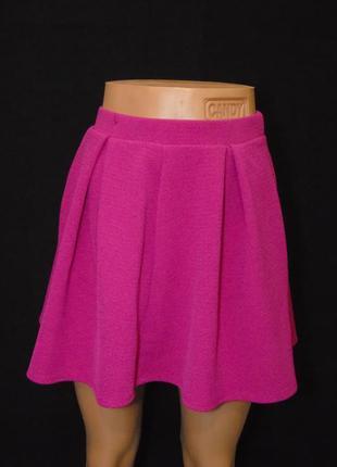 Фактурная юбка цвета фуксии