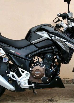 Продам мотоцикл Лифан-250кубовый
