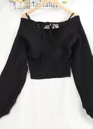 Черный свитер на запах с объёмными рукавами женская кофта с v-...