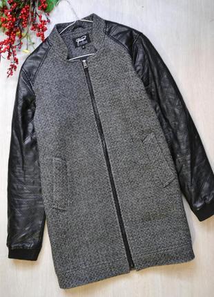 Стильное лаконичное пальто с рукавами под кожу chicoree