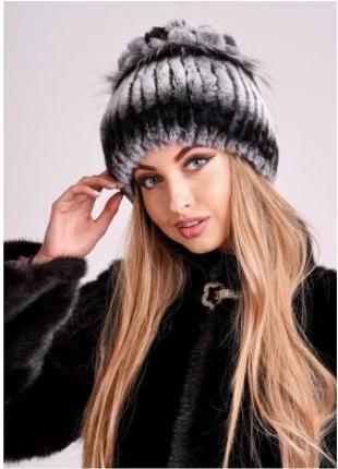 Серая женская шапка из меха кролика рекс и чернобурки