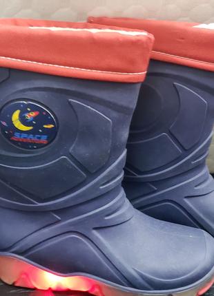 Резиновые сапоги светящиеся с носком 26-27 размер