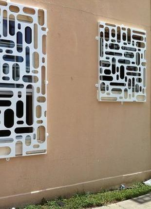 Современные решетки на окна и двери