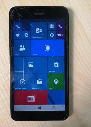 Смартфоны Microsoft Lumia 640 XL DS  Уценка