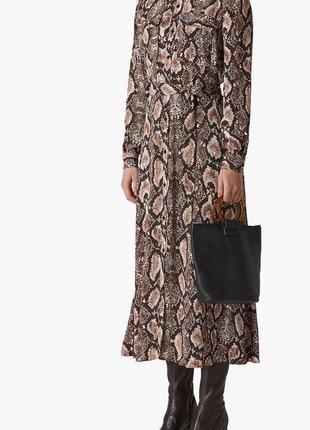 Шикарное длинное платье-рубашка-халат,из вискозы,принт рептилия