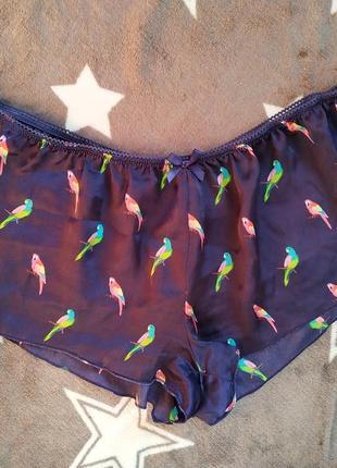 Классные легкие пижамные шортики,  домашние с попугайчиками