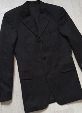 100% натуральная шерсть шикарный пиджак класстческий