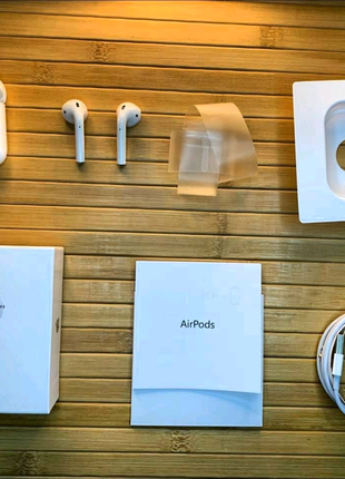 AirPods 2 Lux