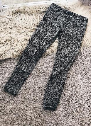 Стильные джинсы от pull&bear