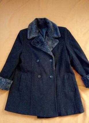 Распродажа!   стильное пальто, 70% шерсть+10% кашемир, италия