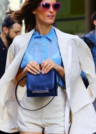 Брендовый пиджак от valentino молочного цвета