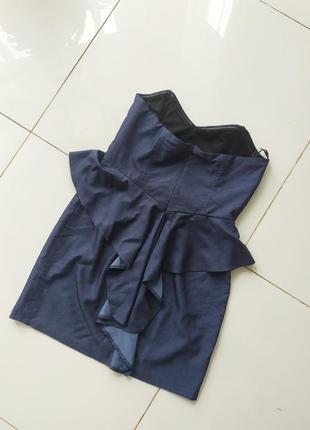 Платье с фальбанками под джинс