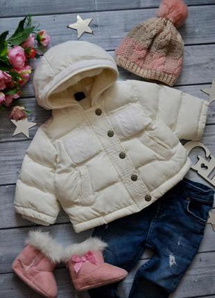 Классная зимняя куртка gap 3-6месяцев