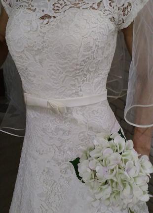 Свадебное платье, цвет айвори 3000.