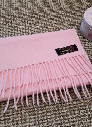 Розовый шарф из шерсти lambswool