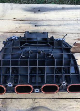 Коллектор впускной 11617588126 BMW F30