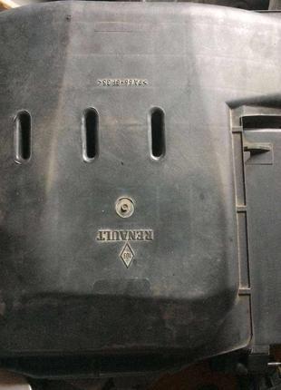 Б/у корпус воздушного фильтра Renault Laguna 2, 44605885901,