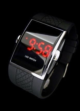Светодиодные электронные наручные часы