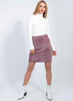 Вельветовая юбка с карманами