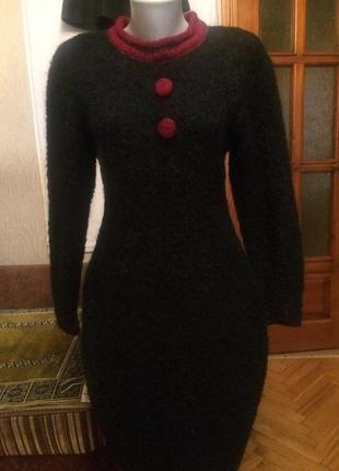Очень теплое платье,шерсть,букле