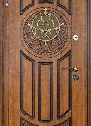 Входные двери в дом.Утепленный короб и полотно.Стальной порог.