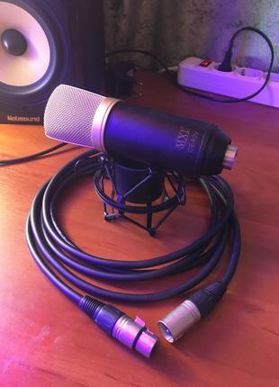 Студийный микрофон MXL CE40V