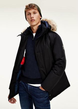 Куртка, парка tommy hilfiger на пуху, размер s