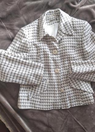 Yessica пиджак белый размер 42