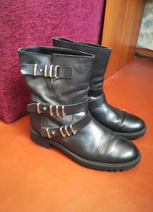 Кожаные ботинки zara 100% натуральная кожа ремешками и металли...