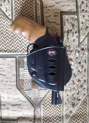 Пластиковая кобура Fobus RU101 для револьверов