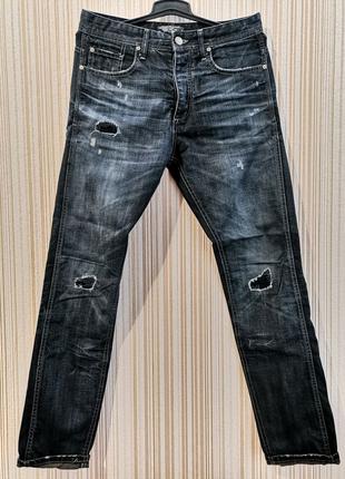 Темно-синие джинсы от бренда Jack&Jones