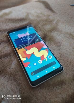 Google pixel 2 XL Panda 4/64 GB NFS Snapdragon 835 в идеале