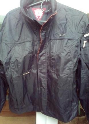 Куртка на  мальчика 46-48