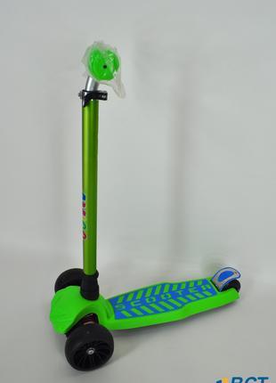 Самокат Ecoline Cheeto трехколесный зеленый