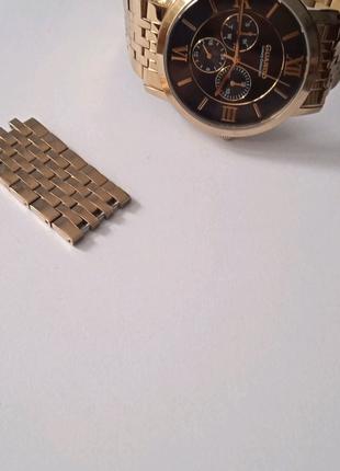 Часи Guardo Luxury Collection
