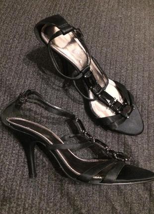 Vq dorothy perkins сандали босоножки атласные 26-26.5 см