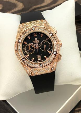 Женские часы Hublot Geneve Diamodn Gold Classic