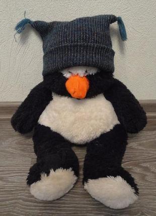 Мягкая игрушка пингвин в шапке