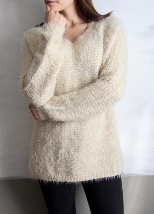Бежевый свитер с бантиком на спине от love pink boutique